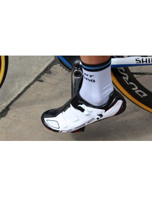 This Shimano shoe is not yet public. It appears to be an R321 — a follow-up to the current R320