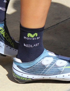 This is a Diadora Vortex-Pro Movistar Limited Edition shoe cover. It's unclear what model of two-dial shoe is underneath