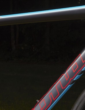 The Essato frame features internal cable-routing for a clean look