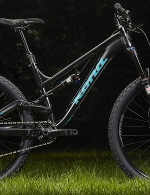 The new Process 134 SE is effectively a downsized and lightened Process 134. Available in sizes down to a XS, Kona claims this is the bike for the gravity seeking riders under 5ft 4in