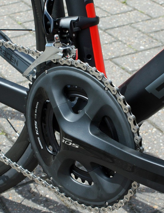 The £1,799 Avro arrives with a complete Shimano 105 5800 11-speed drivetrain but is fully Di2 compatible should you fancy an electronic upgrade