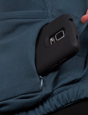 Two zippered pockets mean there's plenty of space for valuable and important items