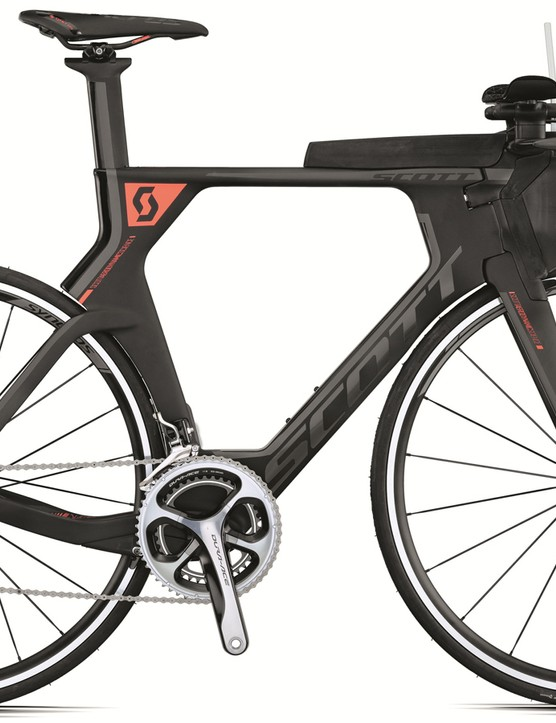 The Plasma Premium uses mechanical Dura-Ace and comes with Syncros Race 27 Aero Profile training wheels. Its claimed weight 8.9kg
