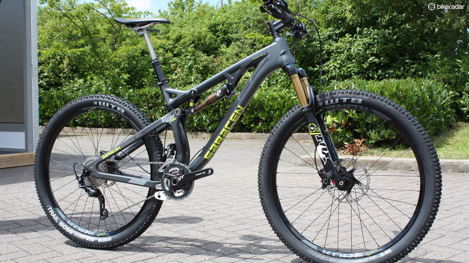 The range topping Kili Flyer Team now uses a fully carbon frame