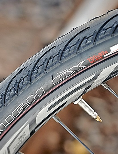 Though the Axis wheels are serviceable, the 32mm CX rubber doesn't make for lively experience