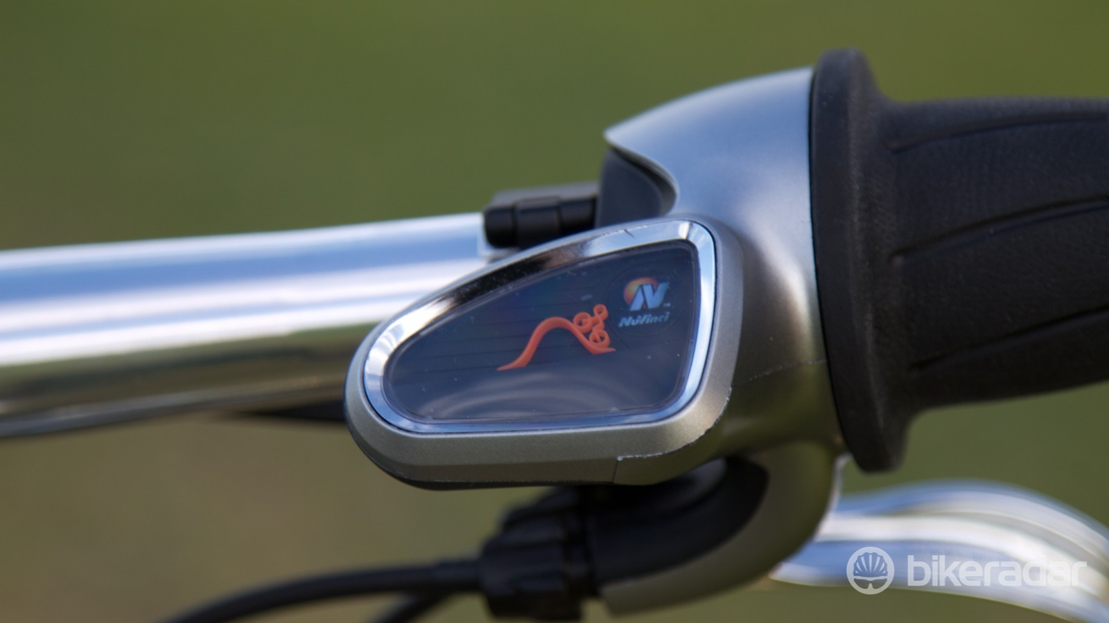 ...as the indicator shows, the bike is now in its easiest gearing for steep inclines
