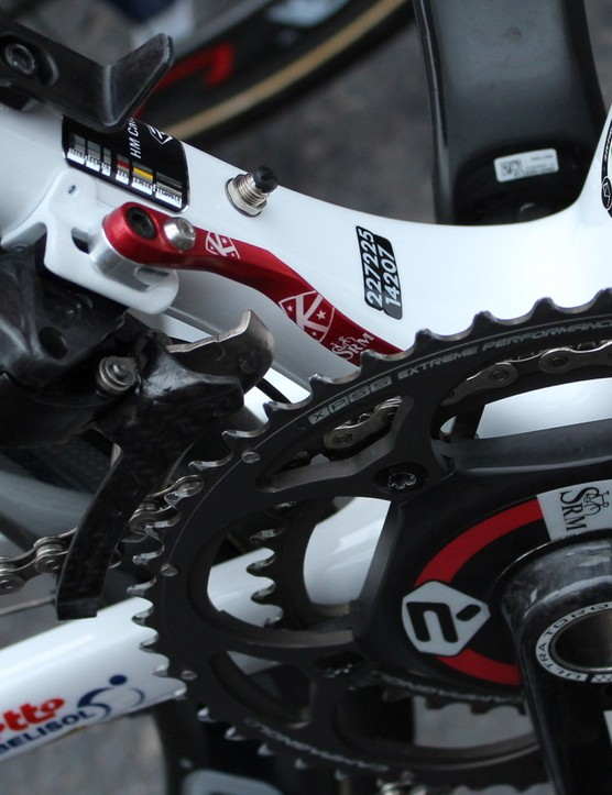 Lotto Belisol Ridley Helium SL with K-Edge SRM magnet chain catcher