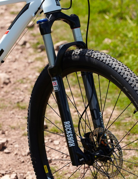 RockShox's basic XC 30 fork is a decent budget option, but out of its depth on a frame that's overly harsh at the rear. Speed and comfort both suffer