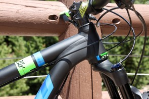 The alloy frame features several design cues borrowed from Scott's more mainstream MTB offerings