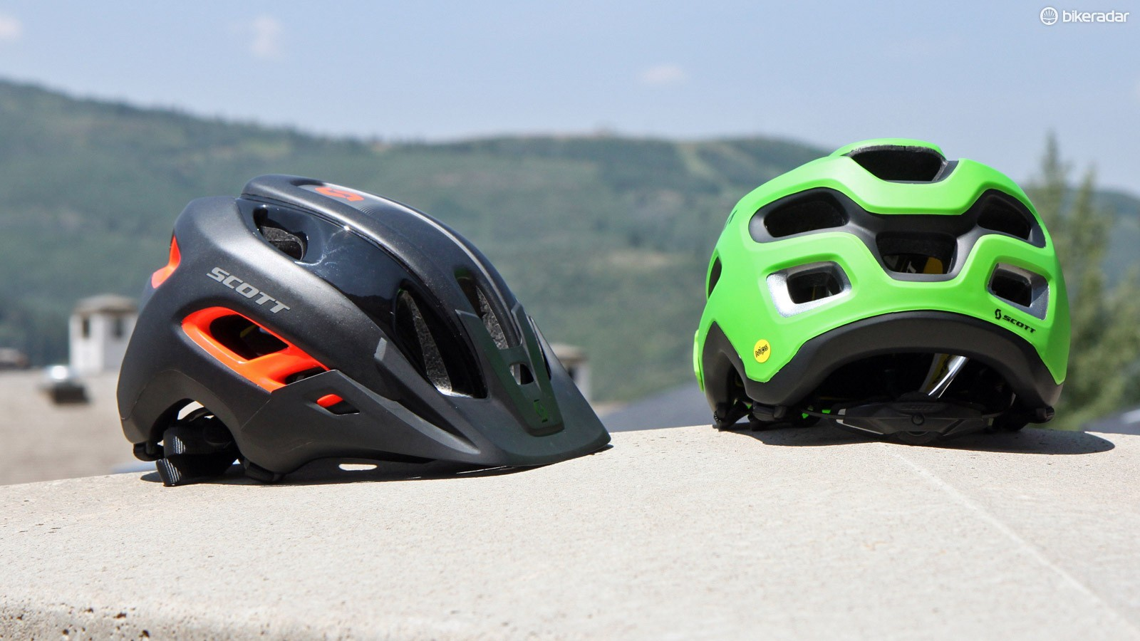 Scott will feature MIPS (Multi-dimensional Impact Protection System) heavily in its helmet range for 2015. Headlining the mountain bike collection is the enduro-focused Stego with generous side and rear coverage