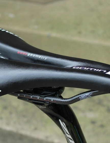 With Specialized sponsoring the team nearly head-to-toe, Petacchi has his pick of S-Works saddles. He prefers the Romin
