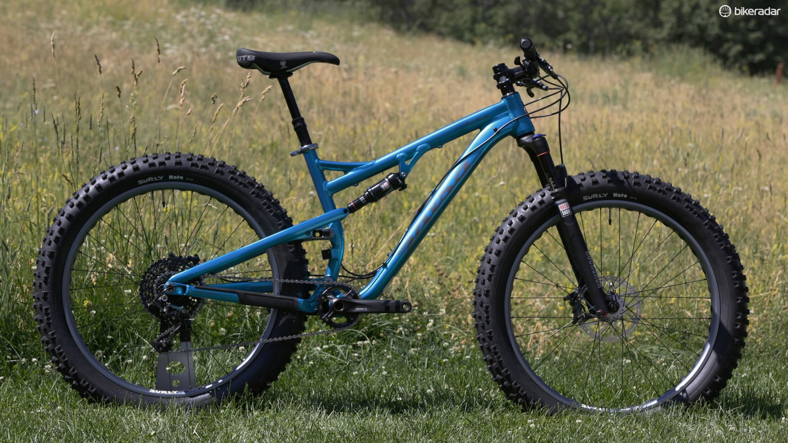 Salsa Cycles' Bucksaw combines 100mm of suspension with 4in-wide tyres