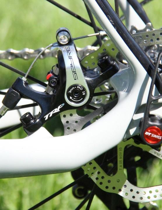 No hydro brakes this season for Foundry; the Harrow sticks with TRP mechanical Spyre brakes