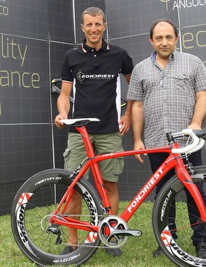 Maurizio Fondriest shows off the new TF2 1.5