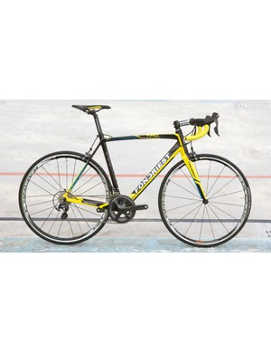 The TF1 also has a tapered head tube, uses internal cable routing and is ready to accept either mechanical or electronic drivetrains