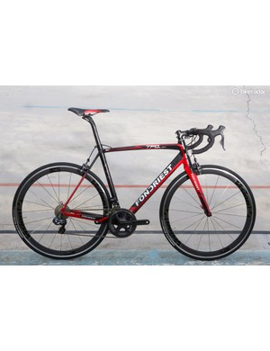 The Fondriest TF1 has a claimed frame weight of 795g for a medium (in its unpainted guise)