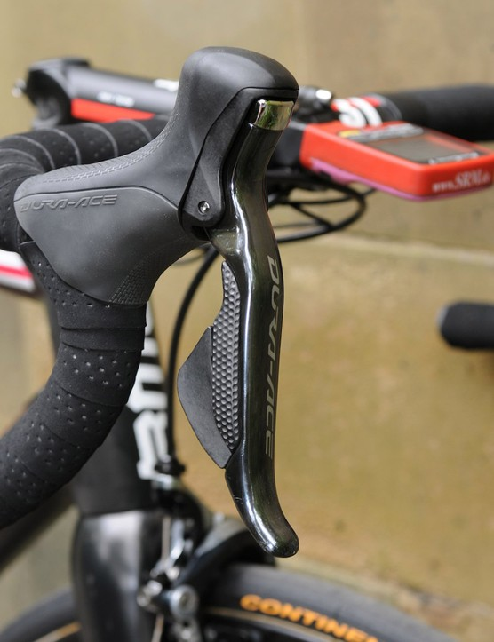 Shimano's Dura-Ace Di2 takes care of reliable shifting duties