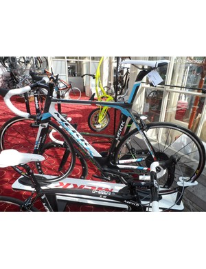As with the Potenza, the racy, aero influenced Primo has been stiffened around the bottom bracket – with no detriment to comfort, according to Mekk