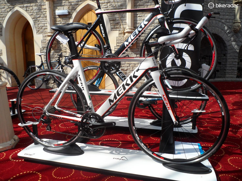 For now, Mekk's sticking to alloy builds for its tri and TT machines