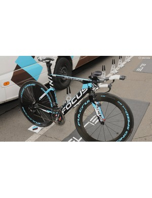 AG2R's GC contenders Bardet and Peraud would be attacking the long time trial on the Focus Izalco Chrono