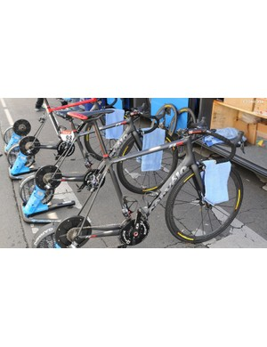Garmin Sharp warmed up on their every day race bikes rather than their P5s