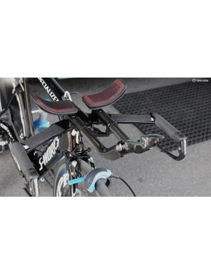 This Omega  Pharma-Quickstep rider has chosen to have grip tape on the flats as well as the usual hand holds, and surely the only way of fitting a Garmin to that mount is by loosening and rotating it first.