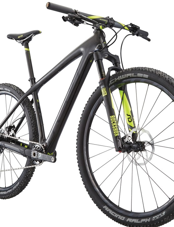 Felt has given the Nine carbon hardtails a mild facelift with new thru-axle rear dropouts and upgraded internal routing options for 2015
