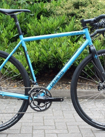 The 2015 Genesis Croix de Fer 30 packs Shimano hydraulic discs and 105 11-speed gearing for £1,749