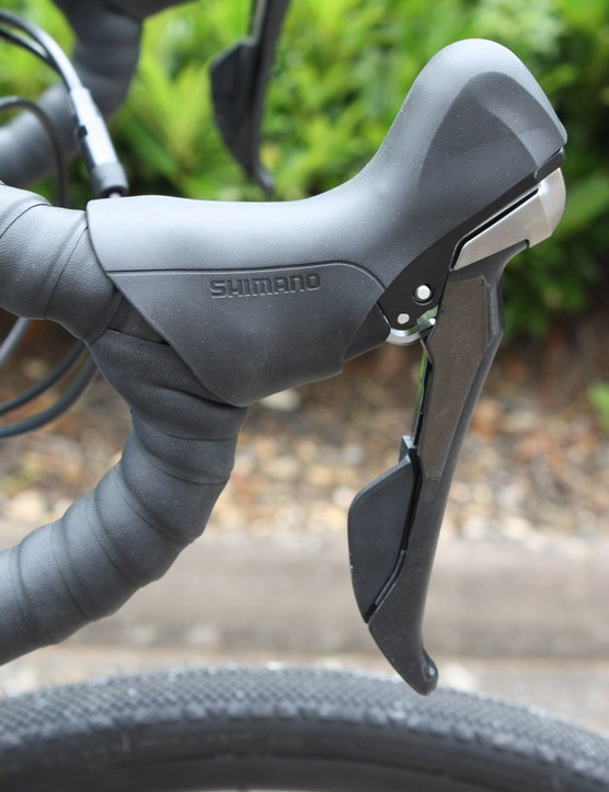 Shimano's RS685 mechanical/hydraulic shift lever