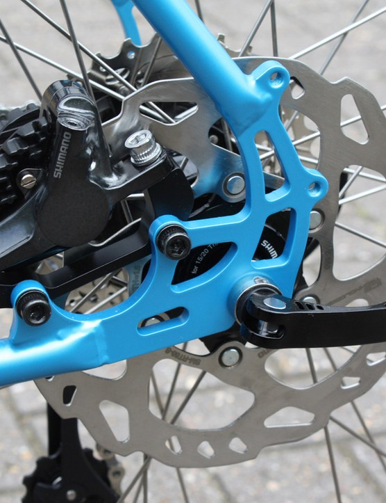 Shimano's RS685 brakes come with 160mm rotors and ICE Tech pads as standard