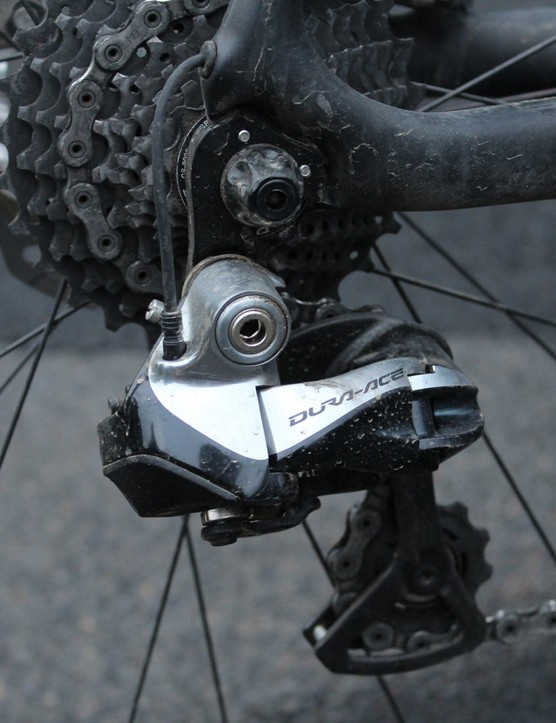 You've read it many times before, but Shimano's Di2 derailleurs are things of operational beauty