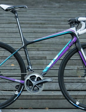 The biggest news in the 2015 Liv range is the new Avail endurance road bike series with completely re-designed frames and the addition of disc brakes on many models