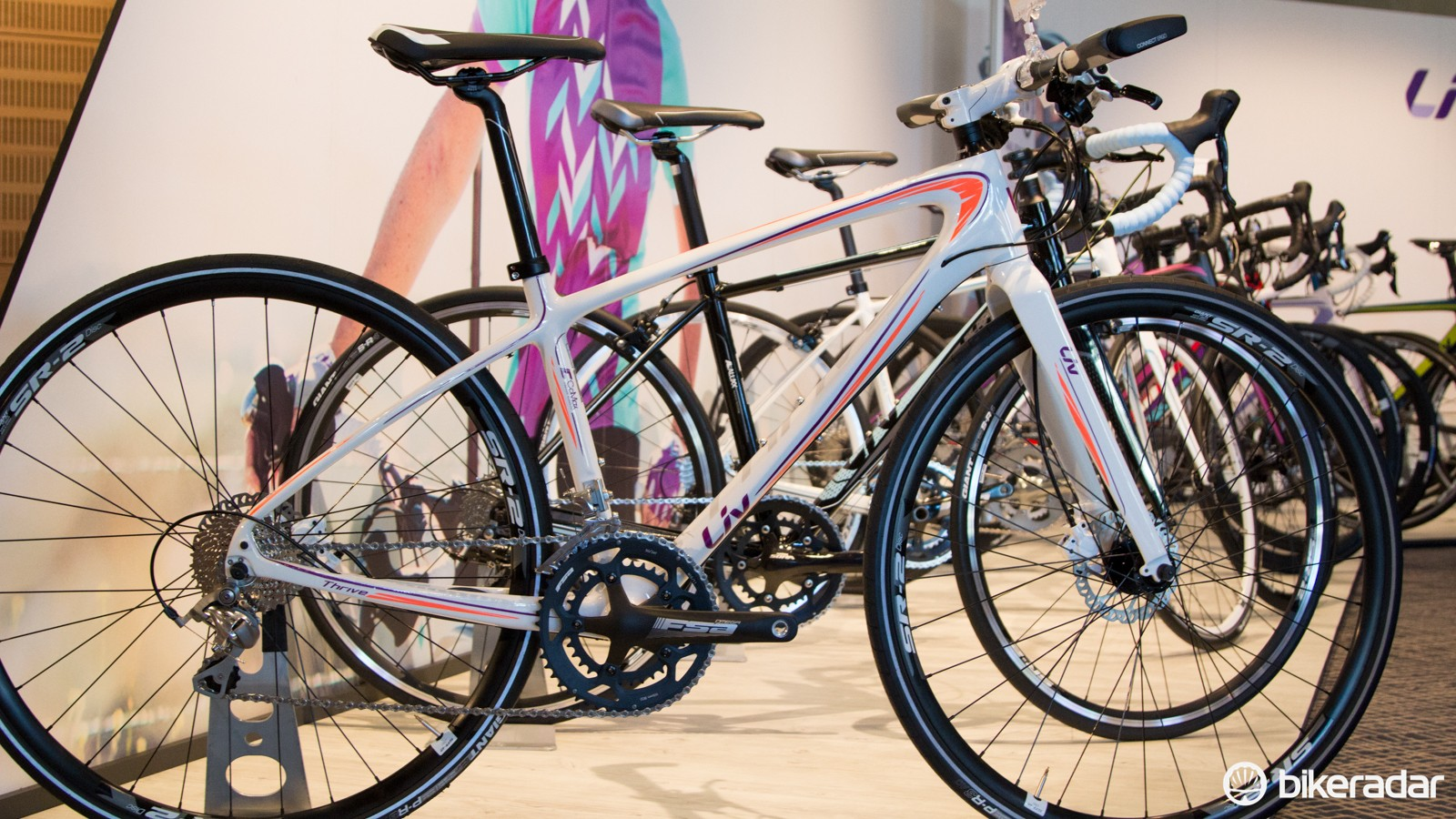 The Thrive CoMax 2 Disc (US$1500 / AU$1,599 / £TBA) is a new carbon composite flat-bar road bike. While an Avail or Envie will still be more efficient (faster), the Thrive range is better suited to commuting or general fitness riding