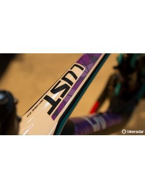 The Liv LUST Advanced 0 blends purple with aqua