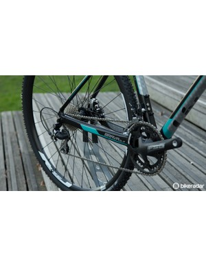 The Liv Brava SLR 2 features Shimano 105 gearing and a cross-specific crankset