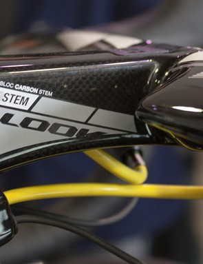Look's carbon Aerostem can adjust to give a range of positions, so there are no spacers on the steerer tube