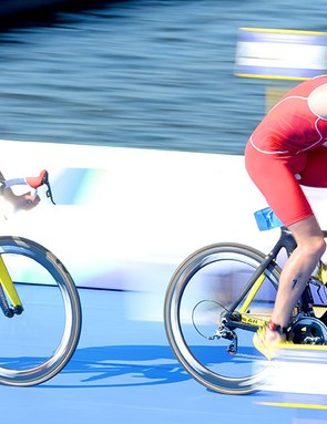 The Brownlees broke away to show off their two-up time trialling skills in the Commonwealth individual event