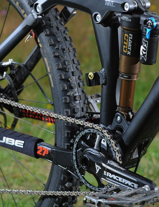 Cube hasn't help back on the spec of the top model of the Fritzz 180. It has a custom-tuned Fox Float X Shock, Raceface Turbine Cinch cranks and Narrow/Wide chainring and SRAM X01 gearing setup