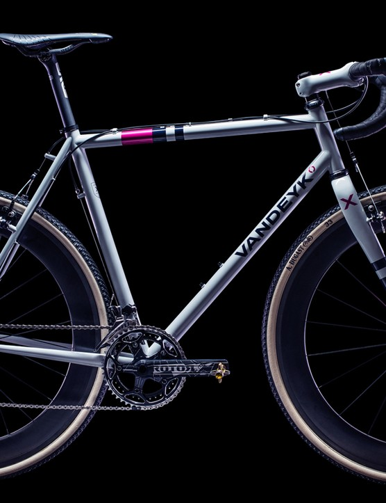 The Vandeyk VDX is one pretty bike