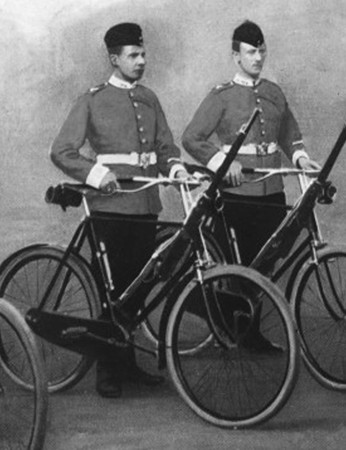 Cyclists of the British Lancashire Fusiliers in a pre-war photo. The unit, which was part of the British Expeditionary Force, took their bikes to France and used them for reconnaissance in the opening stages of the war