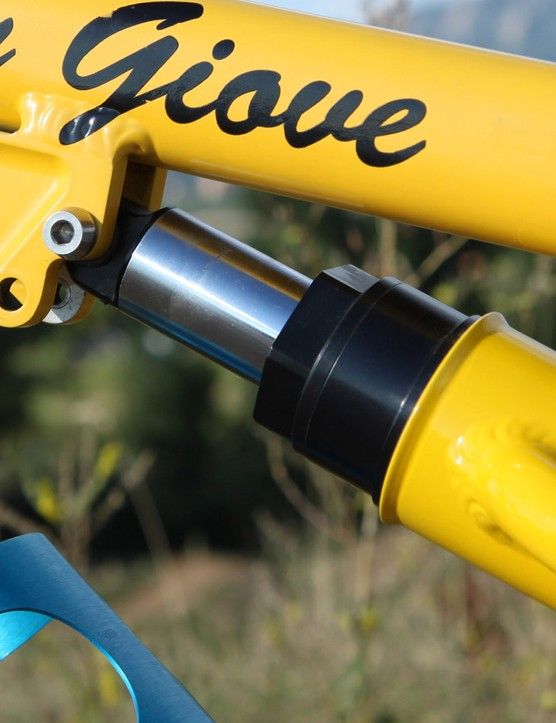 The Risse rear shock supposedly still held air after lying fallow for more than a decade. Team frames were equipped with two shock mounting positions so that riders could choose between short - and shorter - travel settings