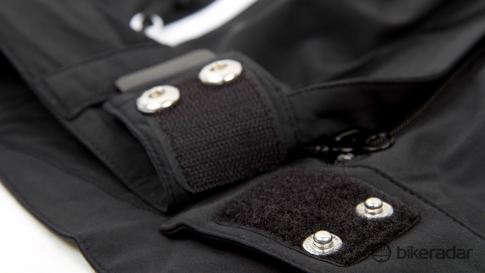 Twin snap-lock buttons plus velcro keep the shorts secure