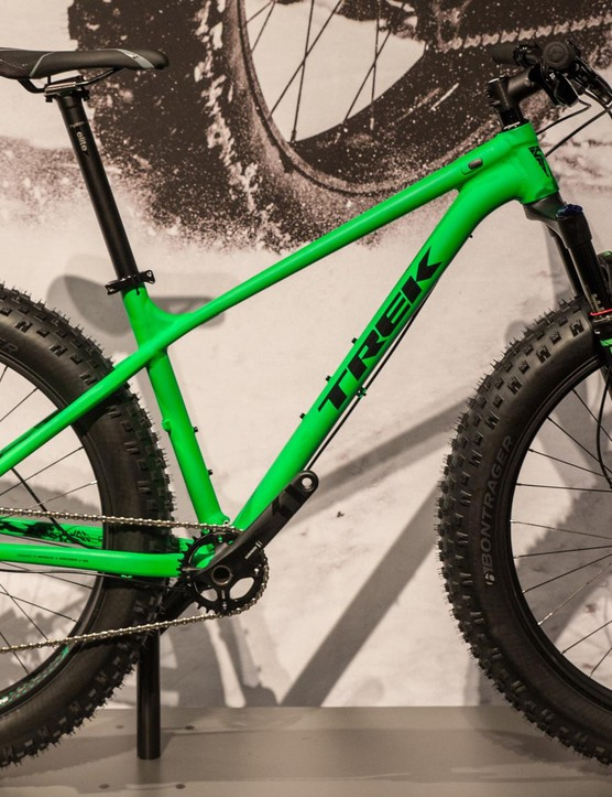 The Farley 8 comes with the new RockShox Bluto suspension fork
