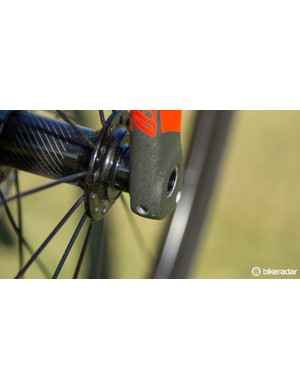 Plug and Play is featured on the front fork too, right behind the thru-axle