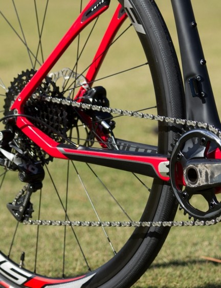 The Specialized Sirrus Pro Carbon Disc brings a little mountain bike technology to the road, with its SRAM X1 11-speed gearing setup