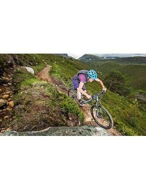 Whyte's proven trail-taming formula translates admirably to the 802