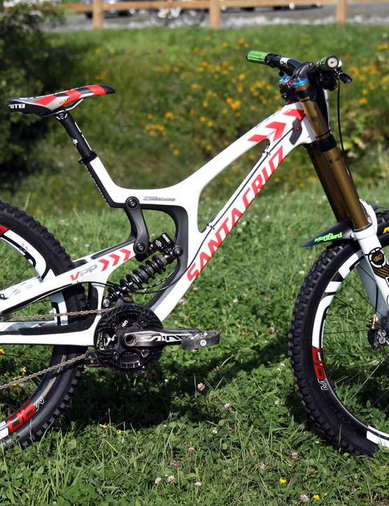 Josh Bryceland (Santa Cruz Syndicate) has made the move to 27.5in wheels with Santa Cruz's redesigned V10