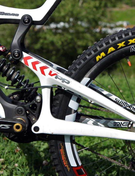 Not surprisingly, Santa Cruz is sticking with its tried-and-true VPP suspension layout for the new 27.5in-wheeled V10