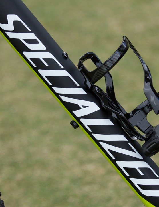 Many off-road models now include Specialized's SWAT accessories, such as this Zee Cage II with multi tool