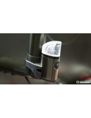 The Specialized Flux Expert taillight is designed as a 24-hour use rear safety light. With and impressive claimed output of 100 lumens – which can be seen half a kilometre away in daylight – for up to 14 hours, it includes mounts for 27.2, 30.9 and Venge seat posts